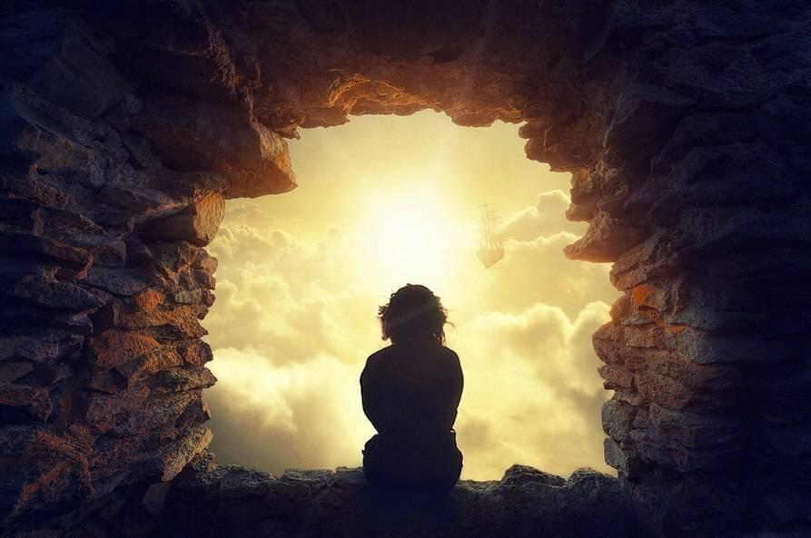 «Когда судьба плеча коснётся, перед развилкой двух дорог» — прекрасные мысли в стихах Андрея Королевича