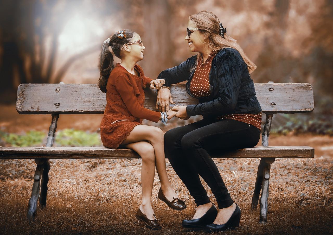 50 вещей, которым обязательно стоит научить свою дочь