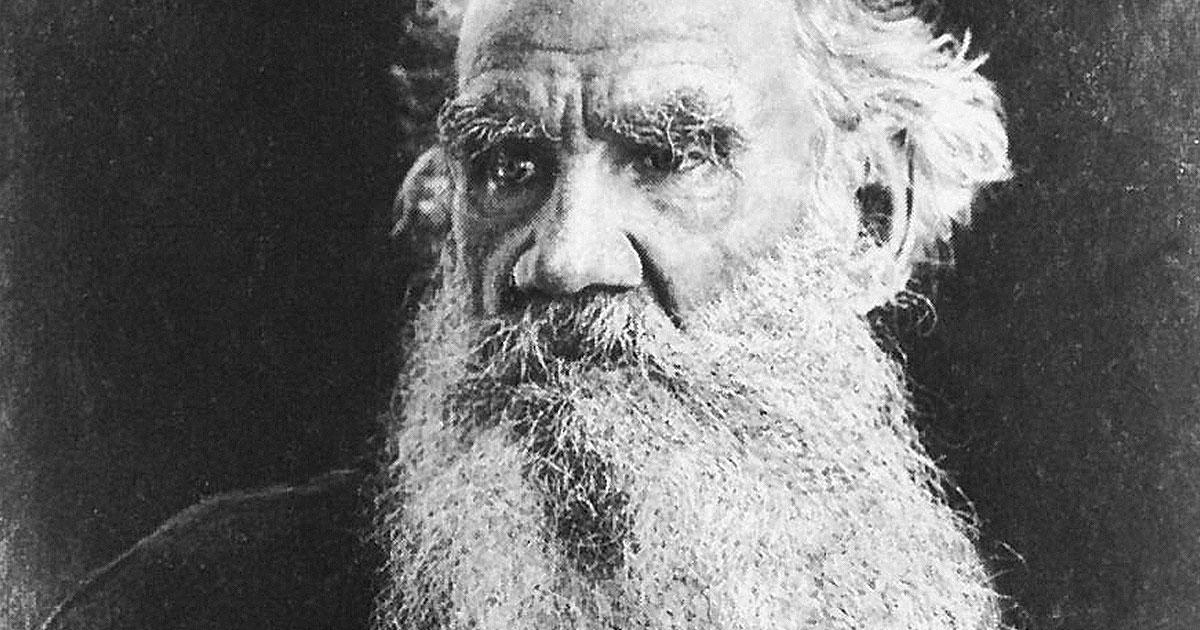 «Сила правительства держится на невежестве народа» — 25 самых яркихцитат Льва Толстого