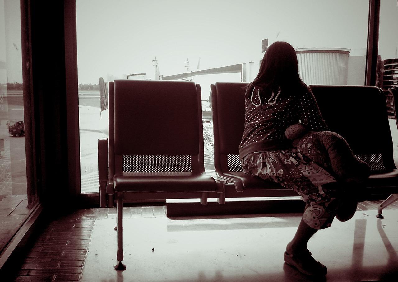 «Одна женщина рассталась с мужем. Из-за ерунды. Он ее не встретил в аэропорту»
