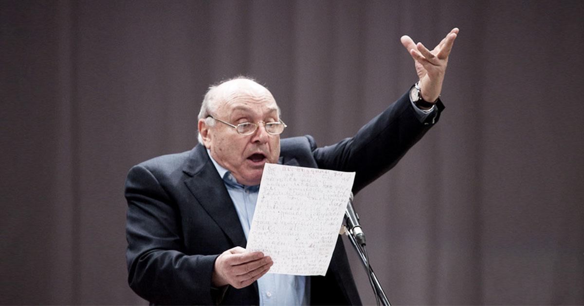 Жванецкий: «Отсутствие воспитания помогает говорить. Наличие — слушать»