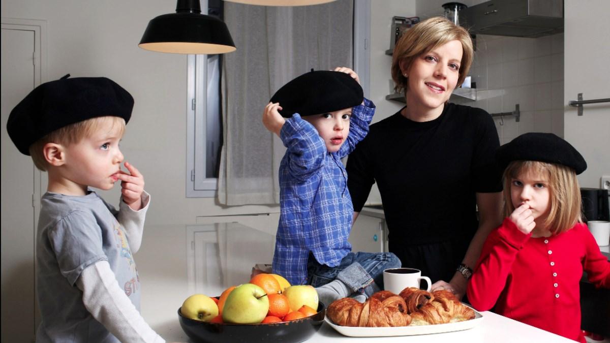 10 правил французского воспитания, помогающих справиться с большинством родительских кошмаров