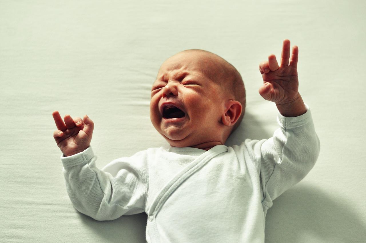 Клинический психолог: вот почему нельзя оставлять ребенка «проплакаться»