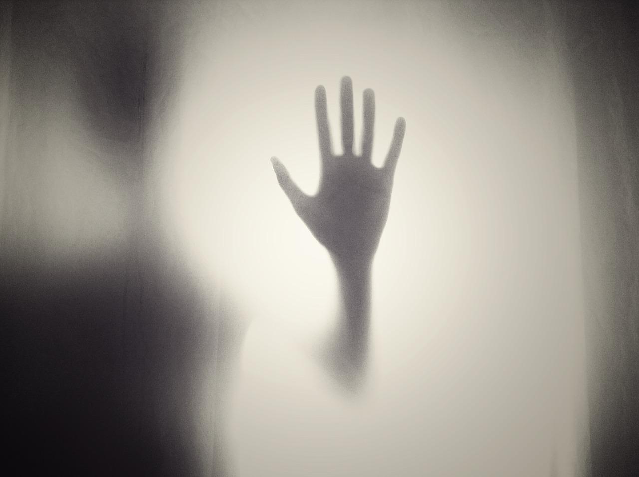 «Пусть не дрогнет рука дающего» — мудрое стихотворение проникающее в глубину души