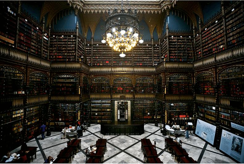Гейман Нил: «Умные люди читают художественную литературу»