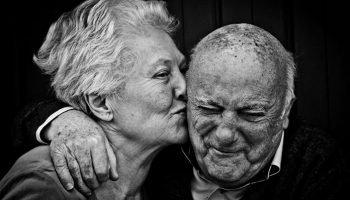 «Быть стариками — не простая штука» — великолепное стихотворение Андрея Дементьева о самом почтенном возрасте