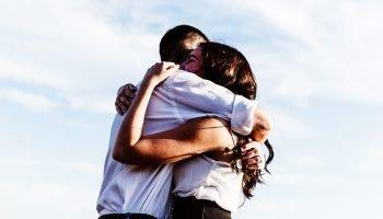 В жизни мы способны влюбиться всего 3 раза — и с каждым человеком своя причина