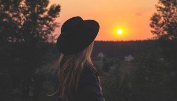«Не убегайте от своей любви» — светлые чувства в стихотворении Бориса Пастернака