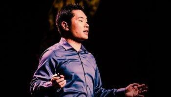 «Вместо того, чтобы сдаться, сделайте шаг назад» — цитаты Джиа Джианга о секретах победы над отказами
