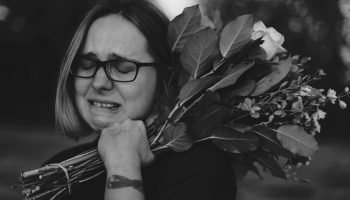 «Как часто отрекаются любя» — написанное душой стихотворение Ирины Родиной