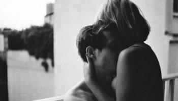 «Однажды ты встретишь того, кого просто почувствуешь» — прекрасный текст трогающий душу