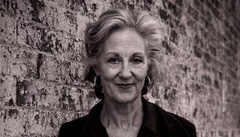 «Мы не смогли научить детей быть счастливыми» — меткая истина писательницы Элизабет Фаррелли