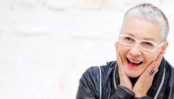 Катрин Гонджини было 60 лет, когда от нее ушел муж. С этого момента её жизнь начала быстро меняться к лучшему