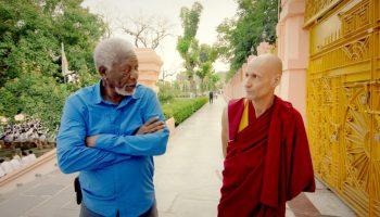 Морган Фримен однажды спросил буддийского монаха, что такое «чудо» на самом деле