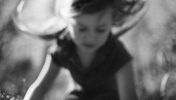 «Я свяжу тебе жизнь» — обаятельное стихотворение Валентины Беляевой